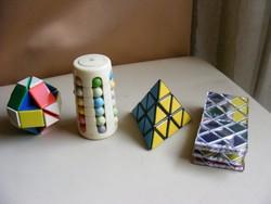4 db retro Rubik játék
