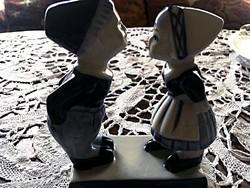 Delfti porcelánfigurák