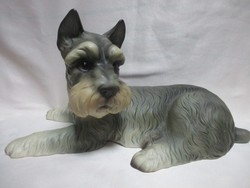 Törpe Schnauzer kutya. Royal porcelán figura 25 cm.