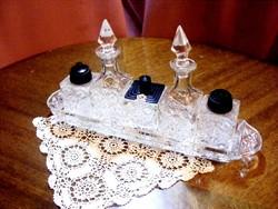 Meseszép kristály asztali fűszertartó, só, bors, paprika, olaj és ecet kínálására alkalmas készlet