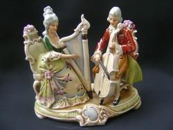 Vitrin állapotú régi német nagyméretű barokk főúri porcelán pár zenészek