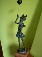 """TÓTH ERNŐ """"FAGYIZÓ KISLEÁNY"""" (47 cm) BRONZ SZOBOR KISPLASZTIKA EREDETI"""