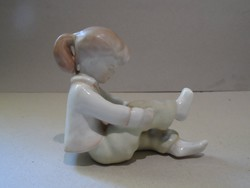 Aquincumi porcelan figura