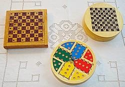3db-os úti társasjáték készlet (sakk, ki nevet a végén, dáma)