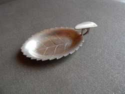 Levél alakú ezüst hamutartó