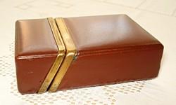 Retro bőr cigaretta vagy kártyatartó  doboz