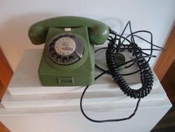 Régi telefon zöld