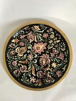 Zsolnay kézi festésű falitál virágmintával , aranyozott peremmel