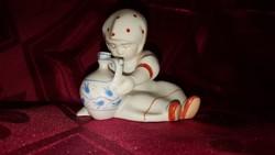 Zsolnay porcelán kislány korsóval
