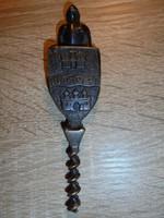 Budapest feliratos figurális réz dugóhúzó