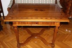 Elegáns, antik, copf asztal (1760-80) csodálatos állapotban, csillag intarziával magán tulajdonból