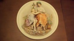 """""""OLTALMAZÓ MADONNA""""---színes,féldombormű jellegű szoborkompozíció---porcelán antik faldísz."""