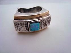 Izraeli kézműves ezüst gyűrű arannyal és opállal