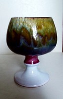 Különleges, egyedi kerámia talpas pohár, kehely, meseszép színekkel, fényes mázzal, 11 cm magas