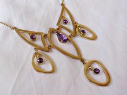 Aranyozott lila köves nyakék