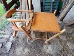 Fa átfordítható etető szék, antik, fellelt állapotban