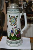 Ón fedeles porcelán kupa