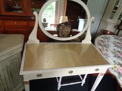Antik fésülködő asztal ,állítható tükörrel