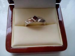 Gránát köves ezüst gyűrű