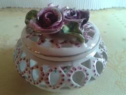 Rózsás áttört mintájú ékszertartó (kézzel festett)