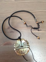 Keleti faragott ásvány amulett nyaklánc