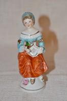 Zenélő hölgy figura  ( DBZ 0093 )