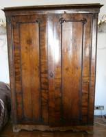 XIX. századi biedermeier szekrények, 2 db