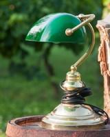 Zöld bank/könyvtári lámpa