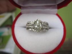 Moissanit eljegyzési ezüst gyűrű össz: 20,5 cct, fehéraranyozva