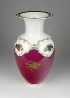 0S251 Régi jelzett bordó fehér porcelán váza 23 cm