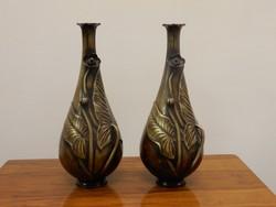 Szecessziós stílusú bronz vázapár
