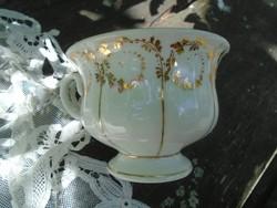 Antik KPM csésze.
