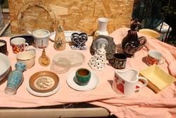 26 db kerámia ,porcelán gyűjtemény egyben Kakas 2 véza sérült.Személyes átadás Budapest 15,vagy 16.