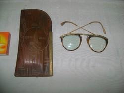 """""""""""Moszkva 1980"""" bőr szemüvegtok szemüveggel - olimpiai relikvia"""