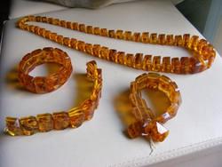 Retro karkötők és nyaklánc 4 db  bizsu ékszer együtt