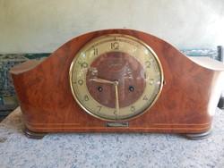 Kandalló óra (9)