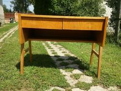 Retro masszív állítható magasságú íróasztal