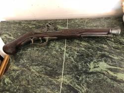 Antik dísz pisztoly