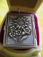 Pazar antik ezüst medálom 4