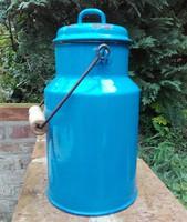 Retro , régi , M.W. Csepel zománcos kék színű 3 literes tejes kanna