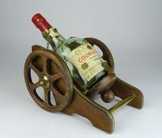 0R792 Courvoisier Napoleon Cognac üveg tartójával