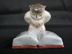 Kispesti porcelán könyvön ülő bölcs bagoly
