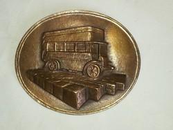 BKV plakett  75 éve megindult az autóbuszközlekedés Budapesten