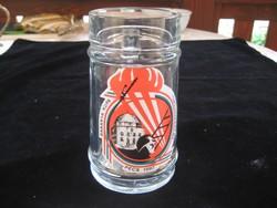 Retro  üveg , sörös  korsó  ,egy  régi  tűzoltó verseny emlékére  155 x 80 mm