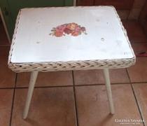 Decoupage nád  asztalka