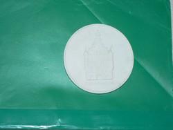 Meisseni fehér porcelán érme 1970-es évekből