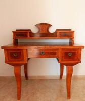 Biedermeier női íróasztal