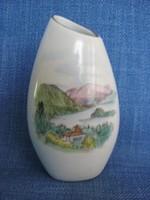 Aquincumi porcelán váza Nógrádverőce emlék