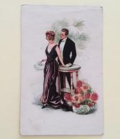 Régi képeslap szerelmespár 1920 körül
