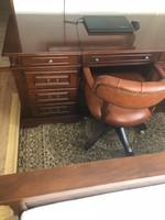 Mária Íróasztal és Franklin forgószék eladó
